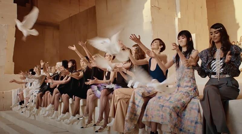 Chanel 2021 Défilé aux Baux-de-Provence