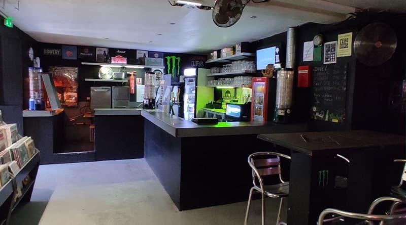 Secret Place Montpellier bar © Peter Avondo - Snobinart